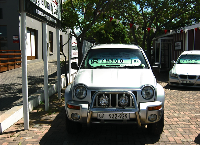 Jeep Cherokee 3.7 Limited AT full